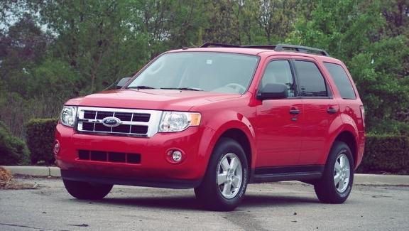 второе поколение ford escape